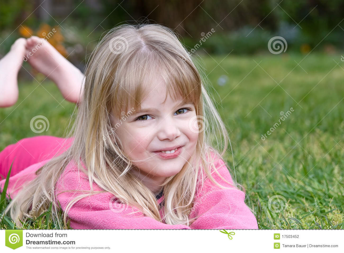 the little girl Now her little hands were nearly frozen with cold she thought that maybe a match might warm her fingers if she lit it so at last she drew one out.