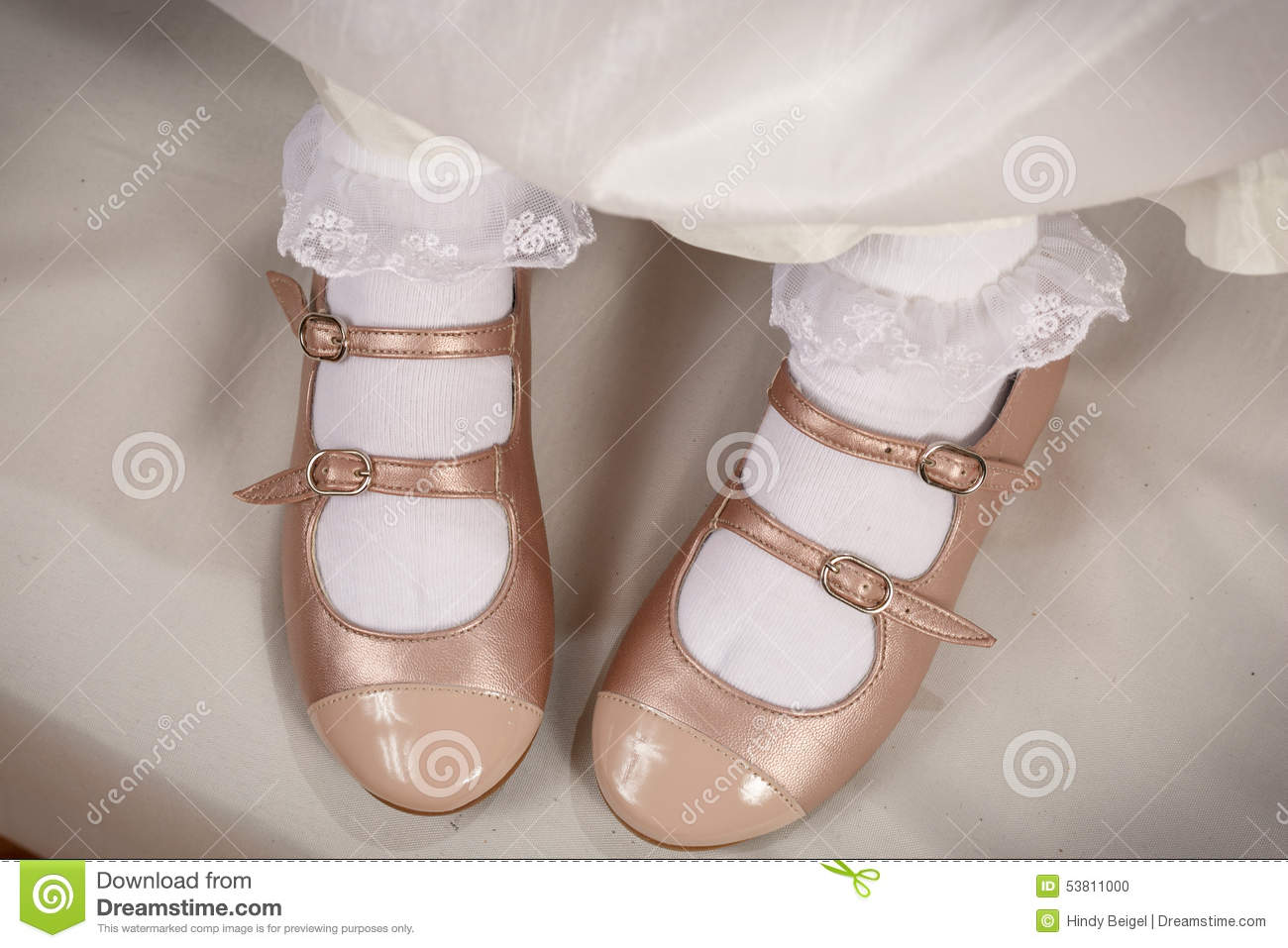 77106c40e272b Little Girl Peach Shoes With White Socks Stock Photo - Image of ...