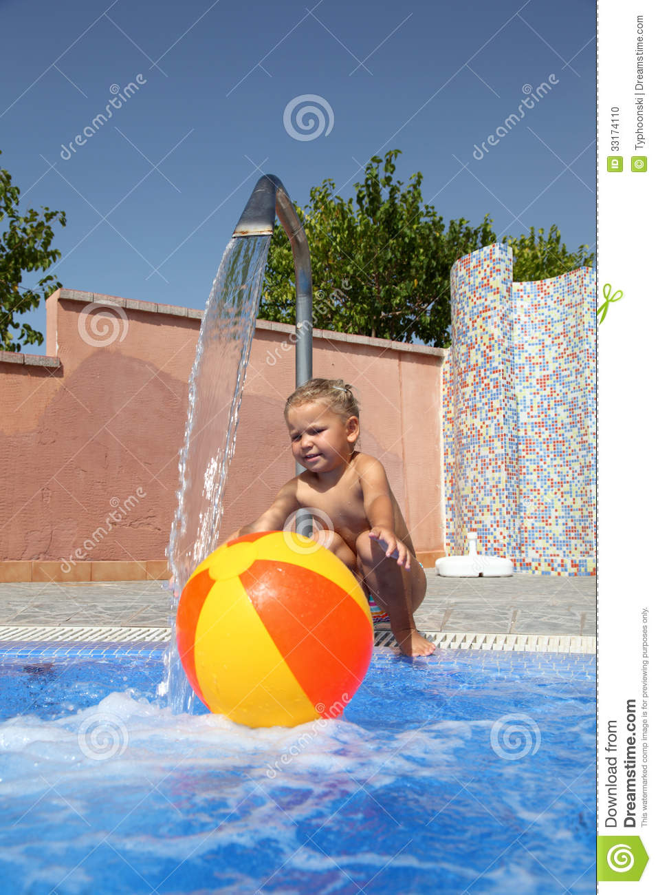 Little Girl Playing At The Pool Stock Photo Image 33174110