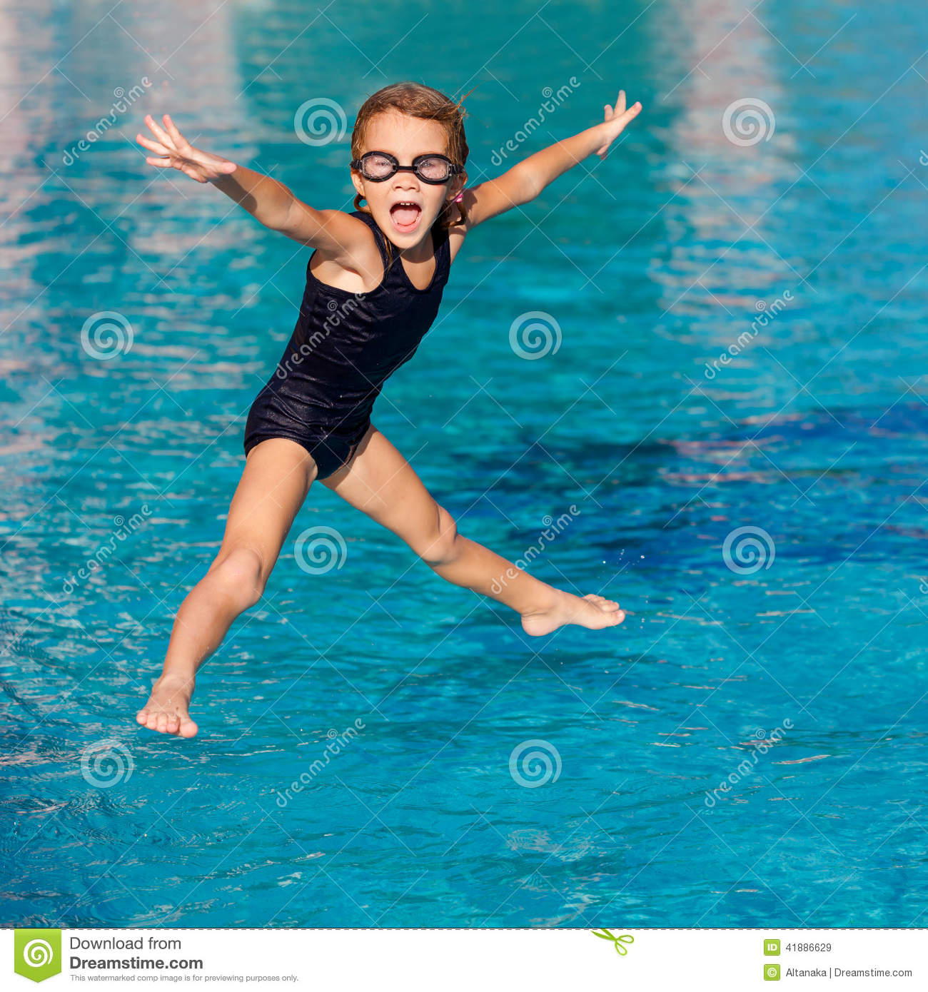 Little Girl Playing In The Swimming Pool Stock Image Image Of Beauty Exercise 41886629