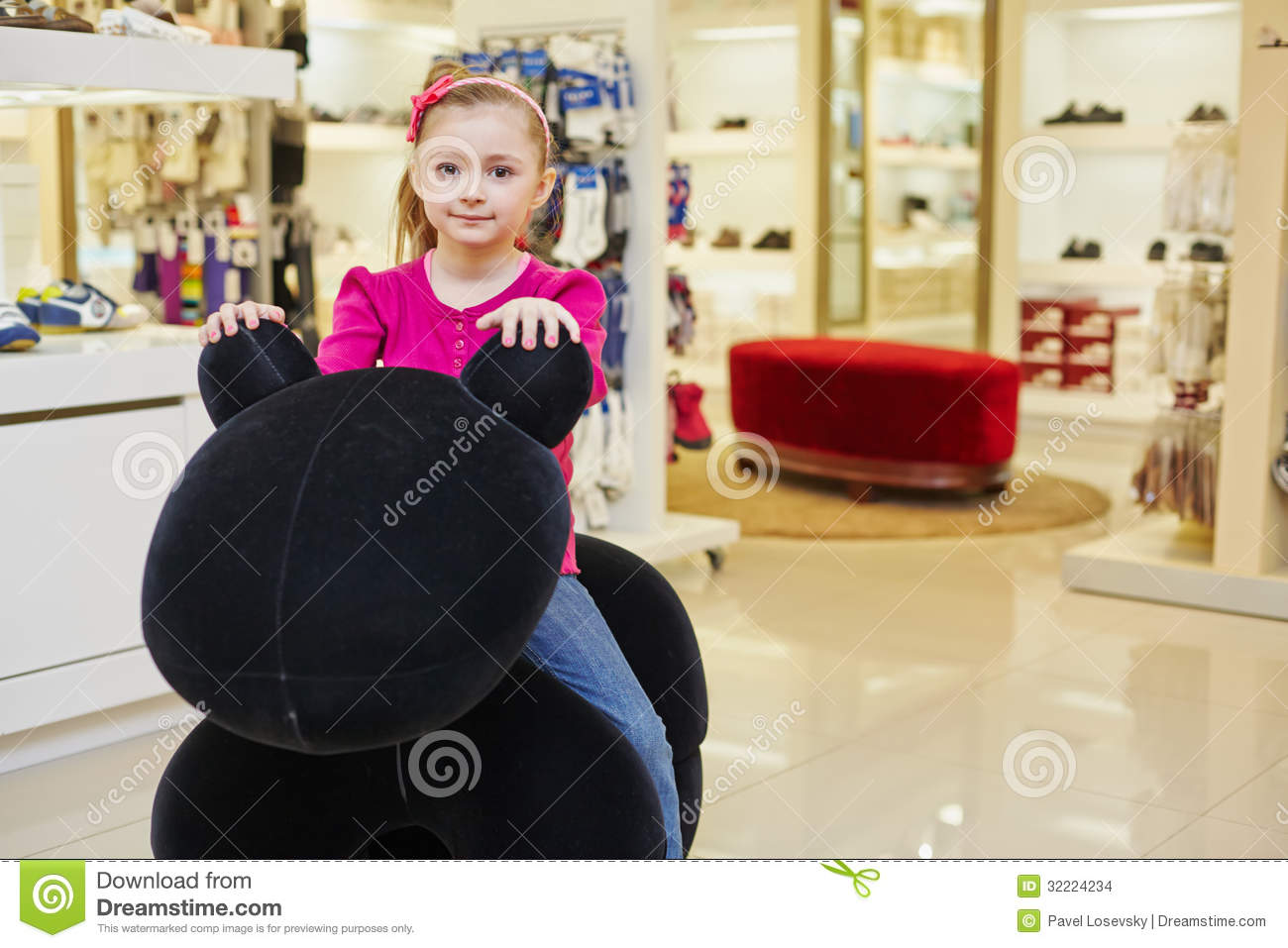 Clothing stores for little girls