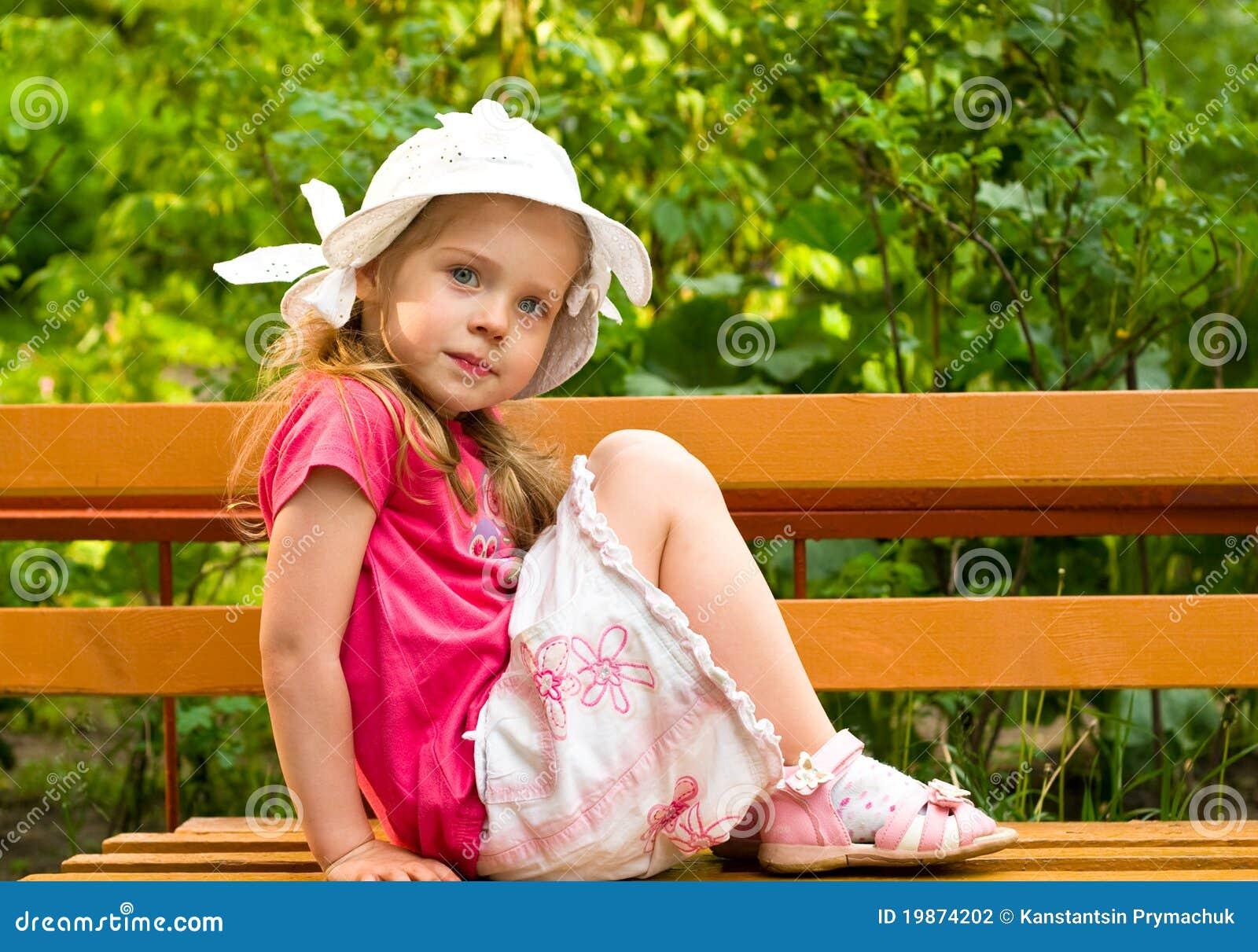 Фото девочка с огромным клитором 5 фотография