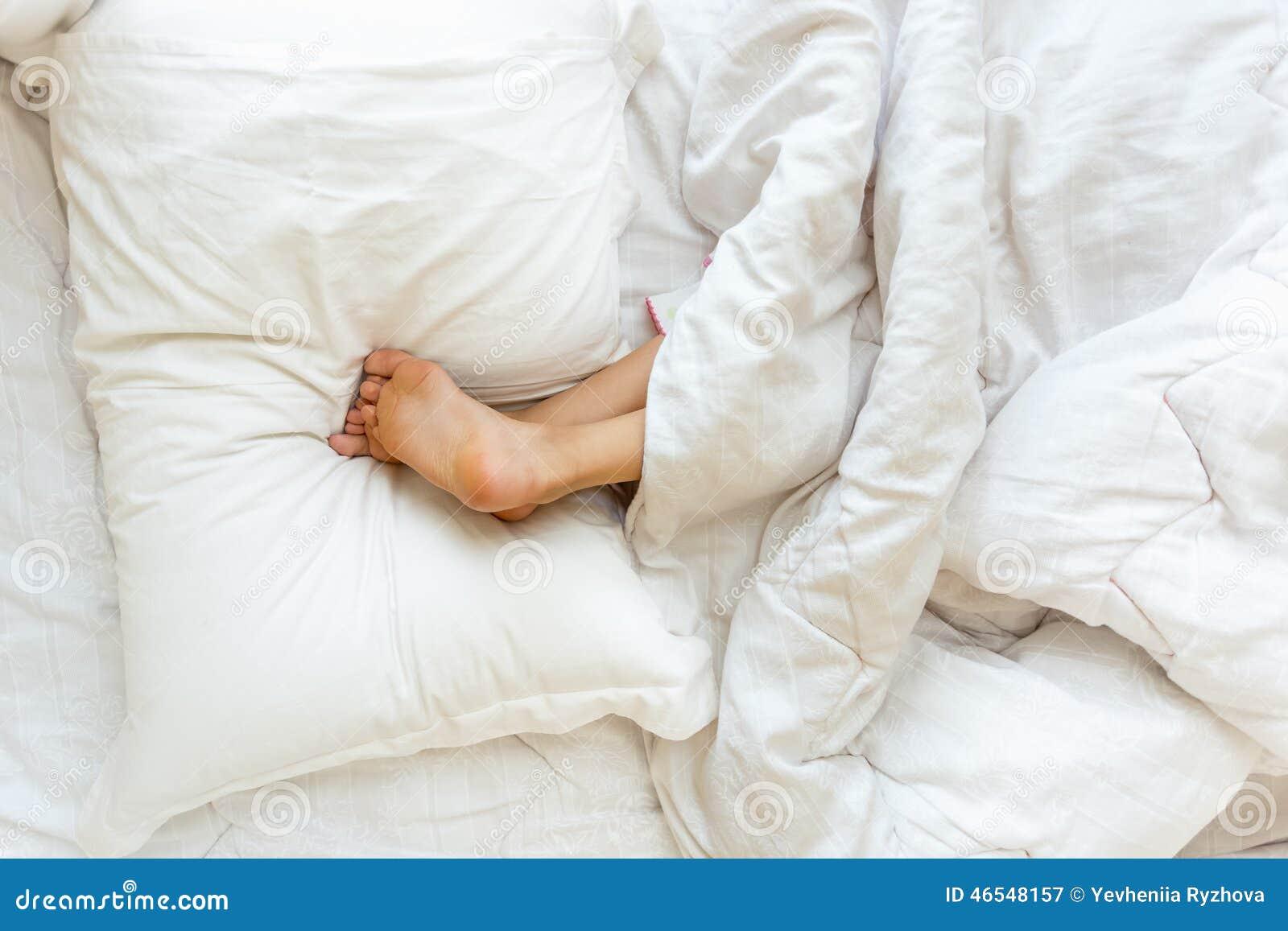 Sleep Upside Down In Bed