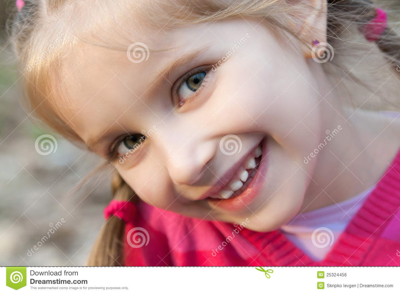 little girl smiling stock photo image of innocence cute 25324456. Black Bedroom Furniture Sets. Home Design Ideas