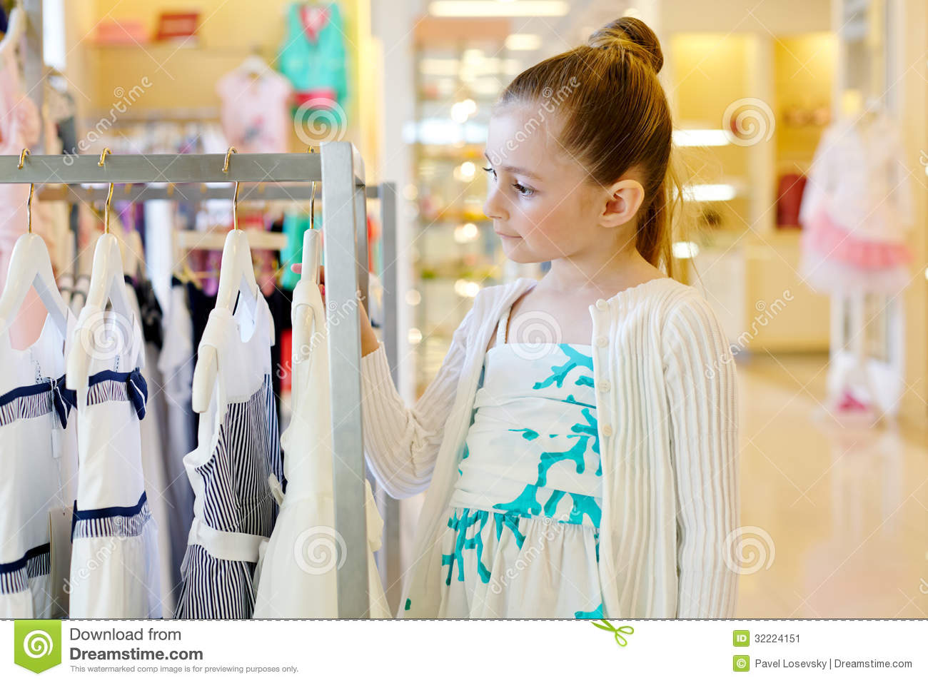 Infants clothing stores Women clothing stores