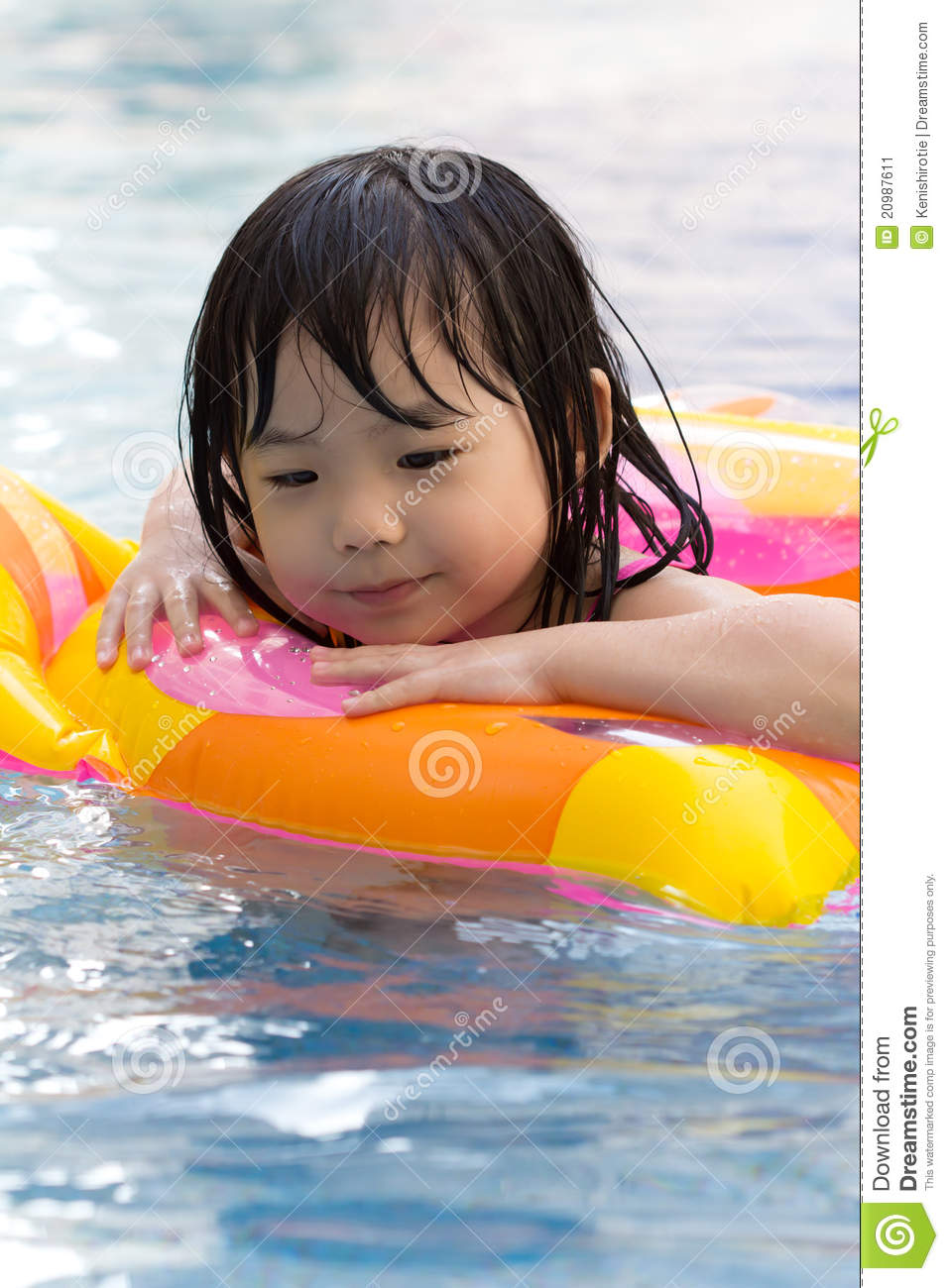 Little Girl In Swimming Pool Stock Image Image 20987611
