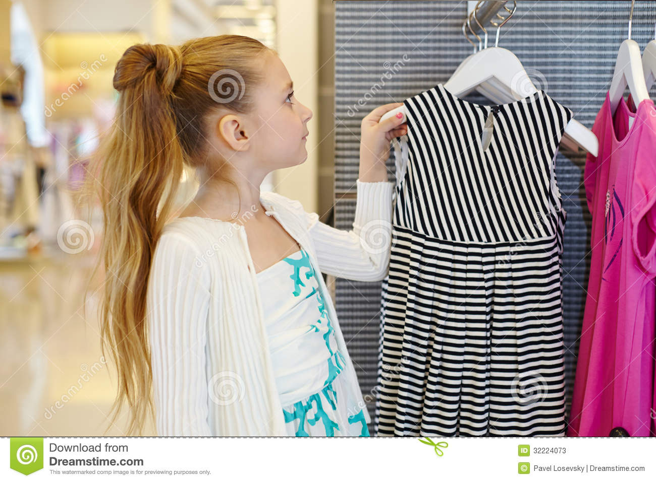 Little Girl Clothes Stores