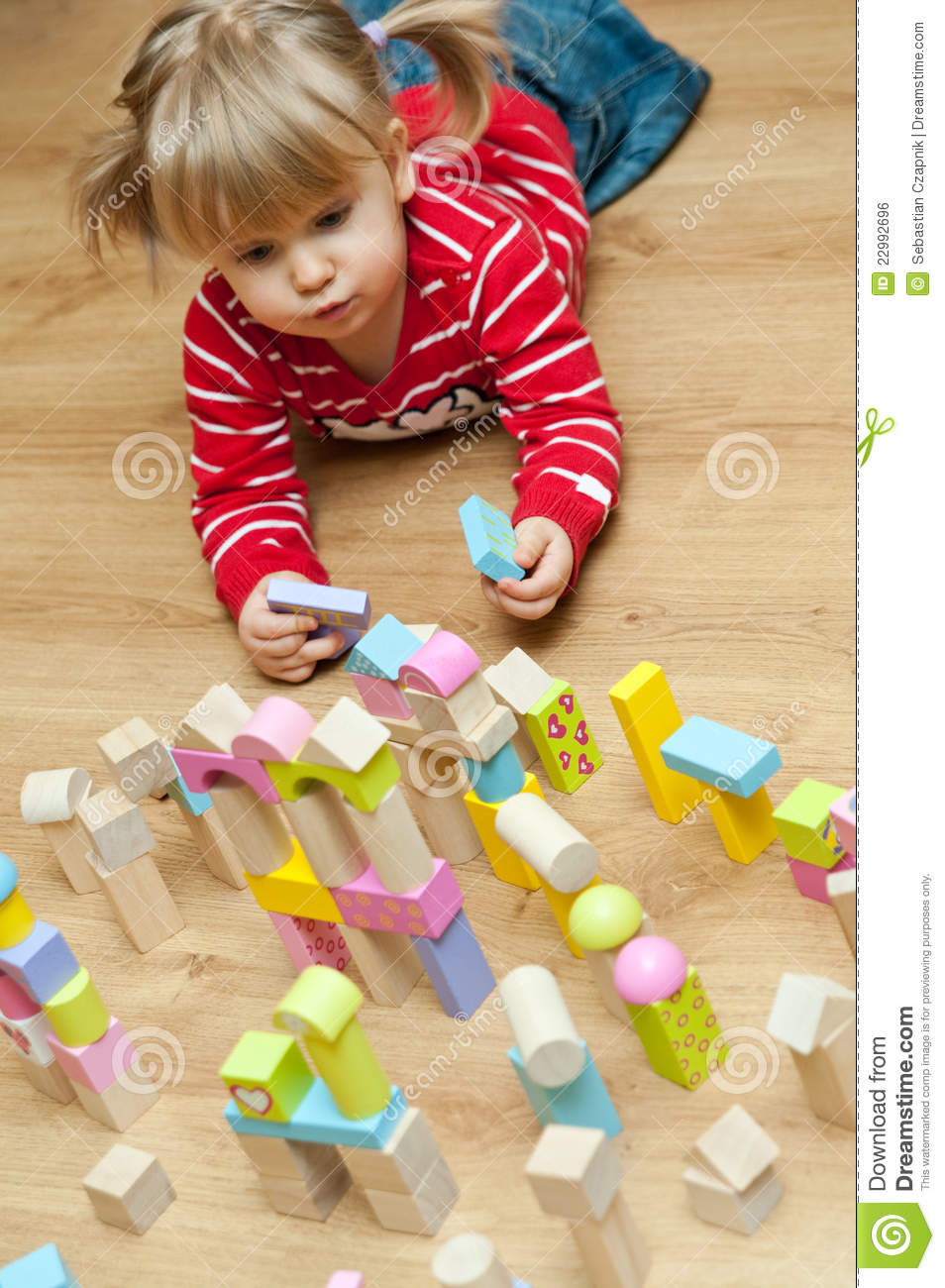 Little Girl Toys : Little girl with toy blocks royalty free stock image