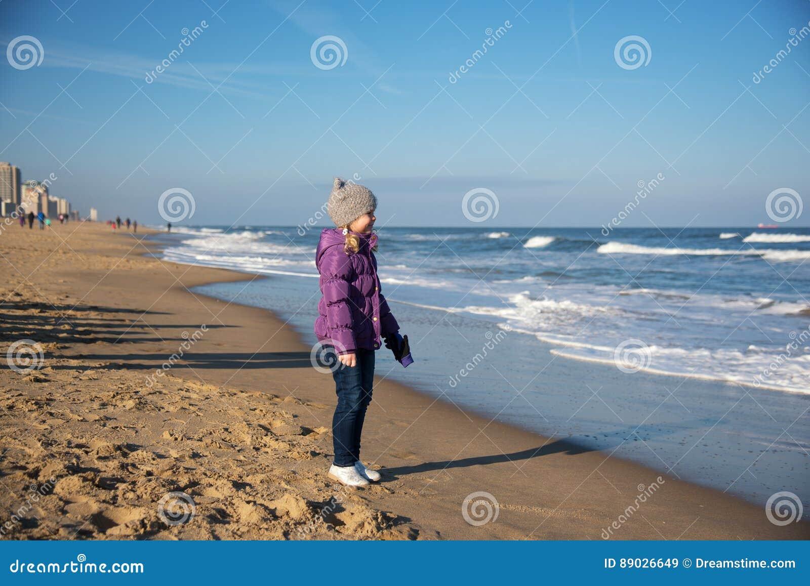 The expert, Girl in virginia beach