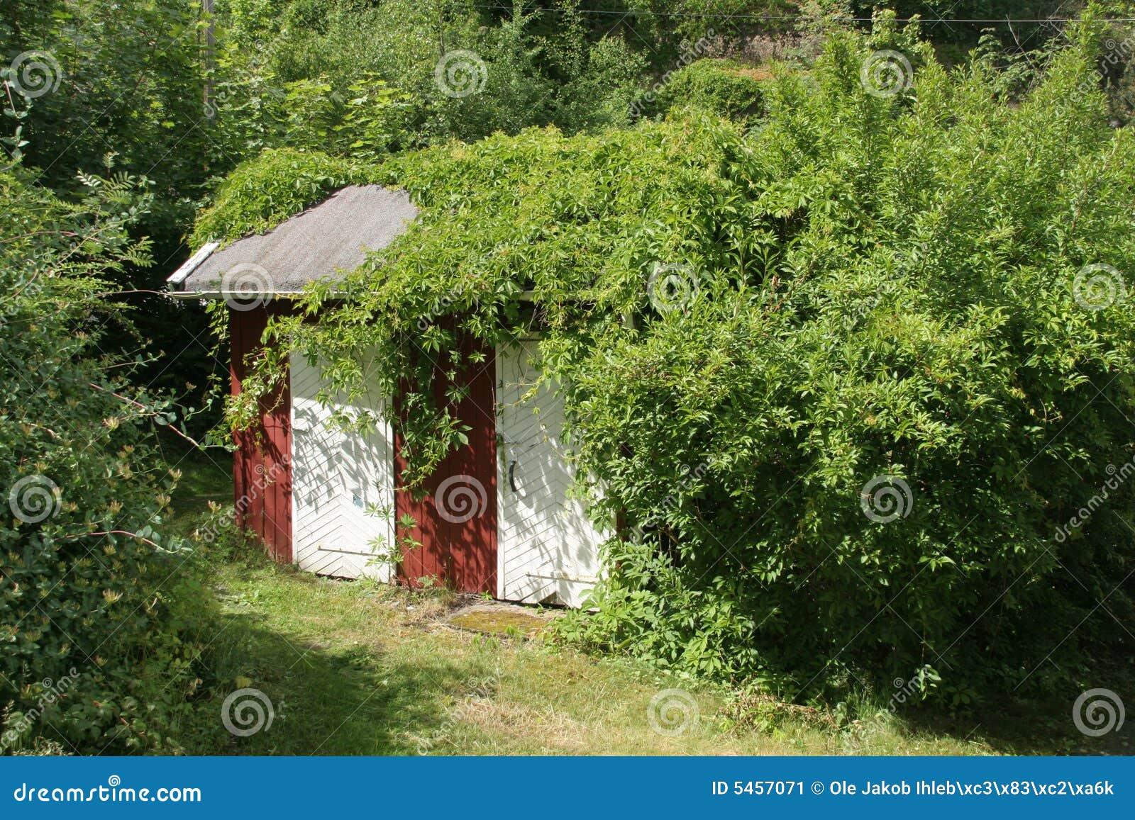 Little garden house - Little House In The Garden