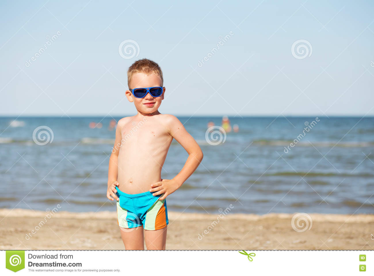Kid beach pic 72