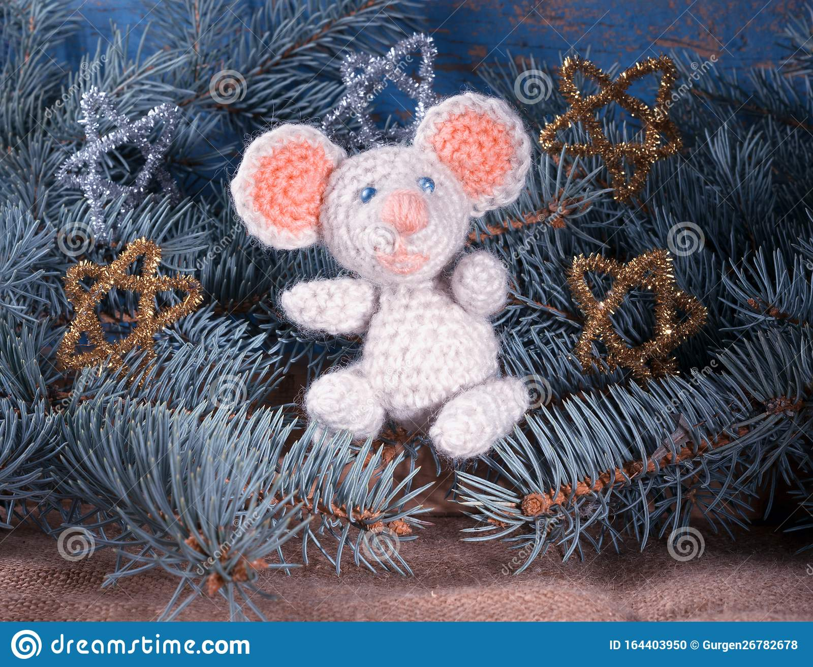 Coco the little mouse pattern by Ami By D | Связанные крючком ... | 1312x1600