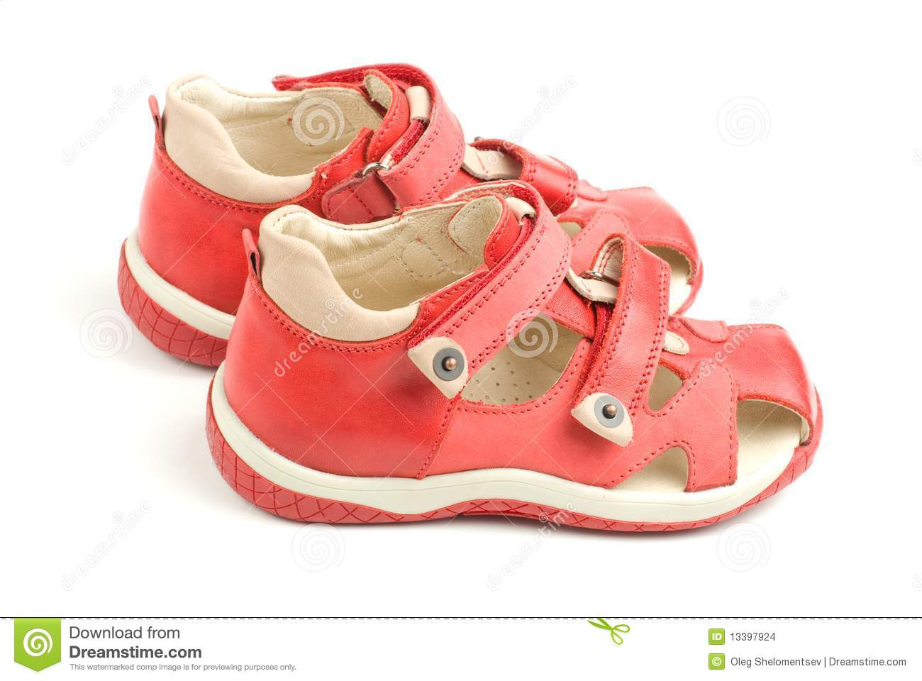 Free shipping and returns on Girls' Red Shoes at thinking-sometimes.ml