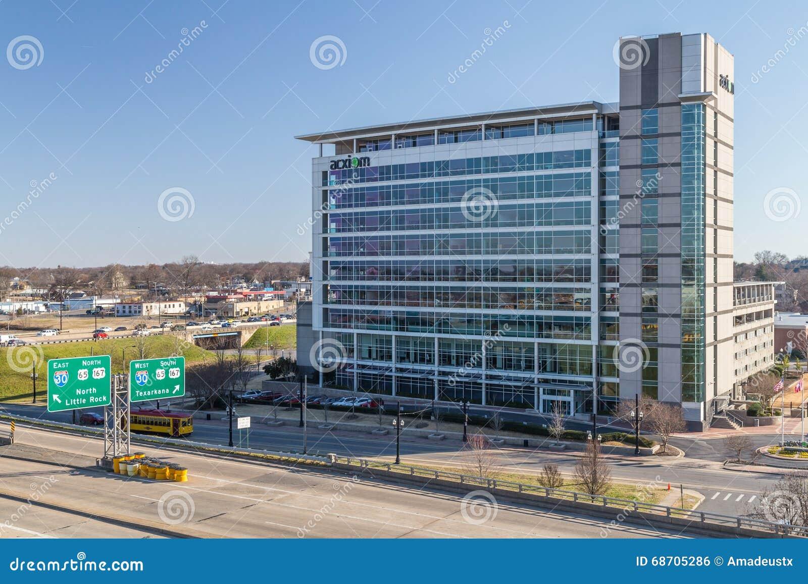 Little Rock, AR/USA - circa im Februar 2016: Acxiom Corporation hat Gebäude-herein Stadtzentrums von Little Rock, Arkansas