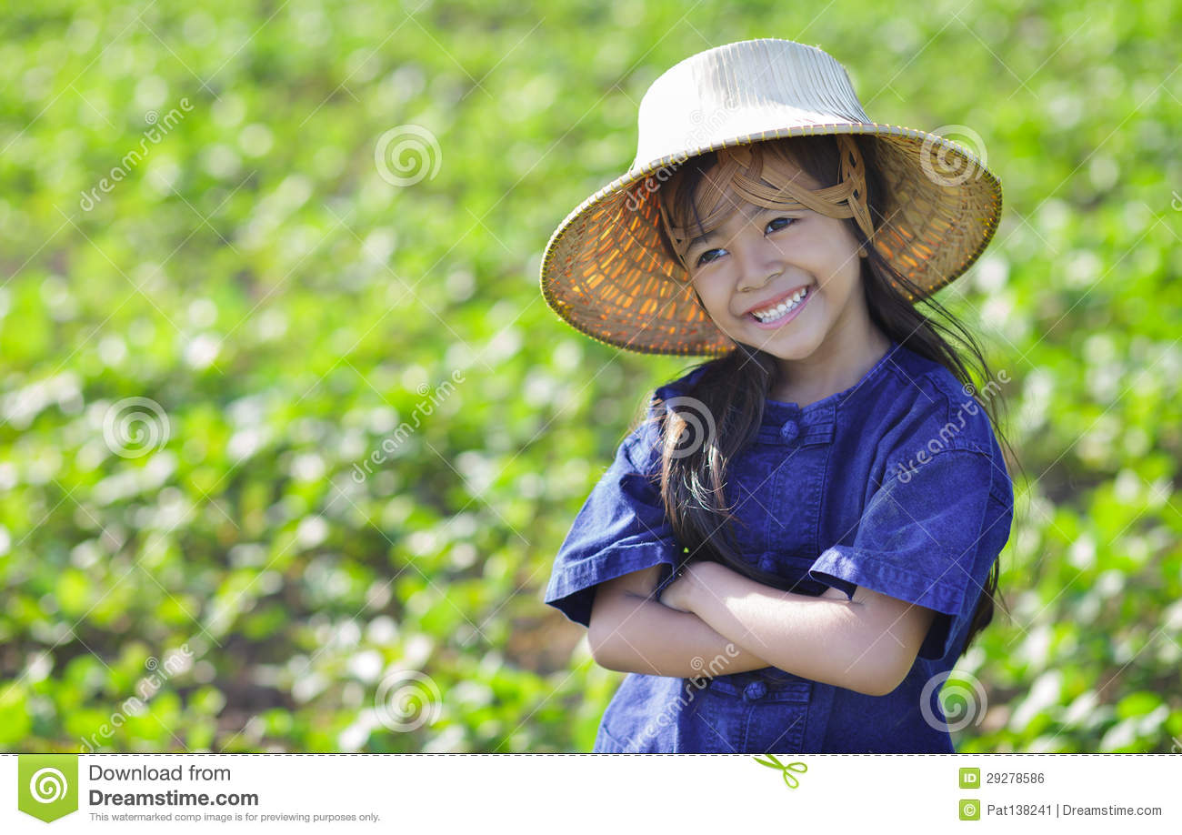 Asian rice farmer picture-4595
