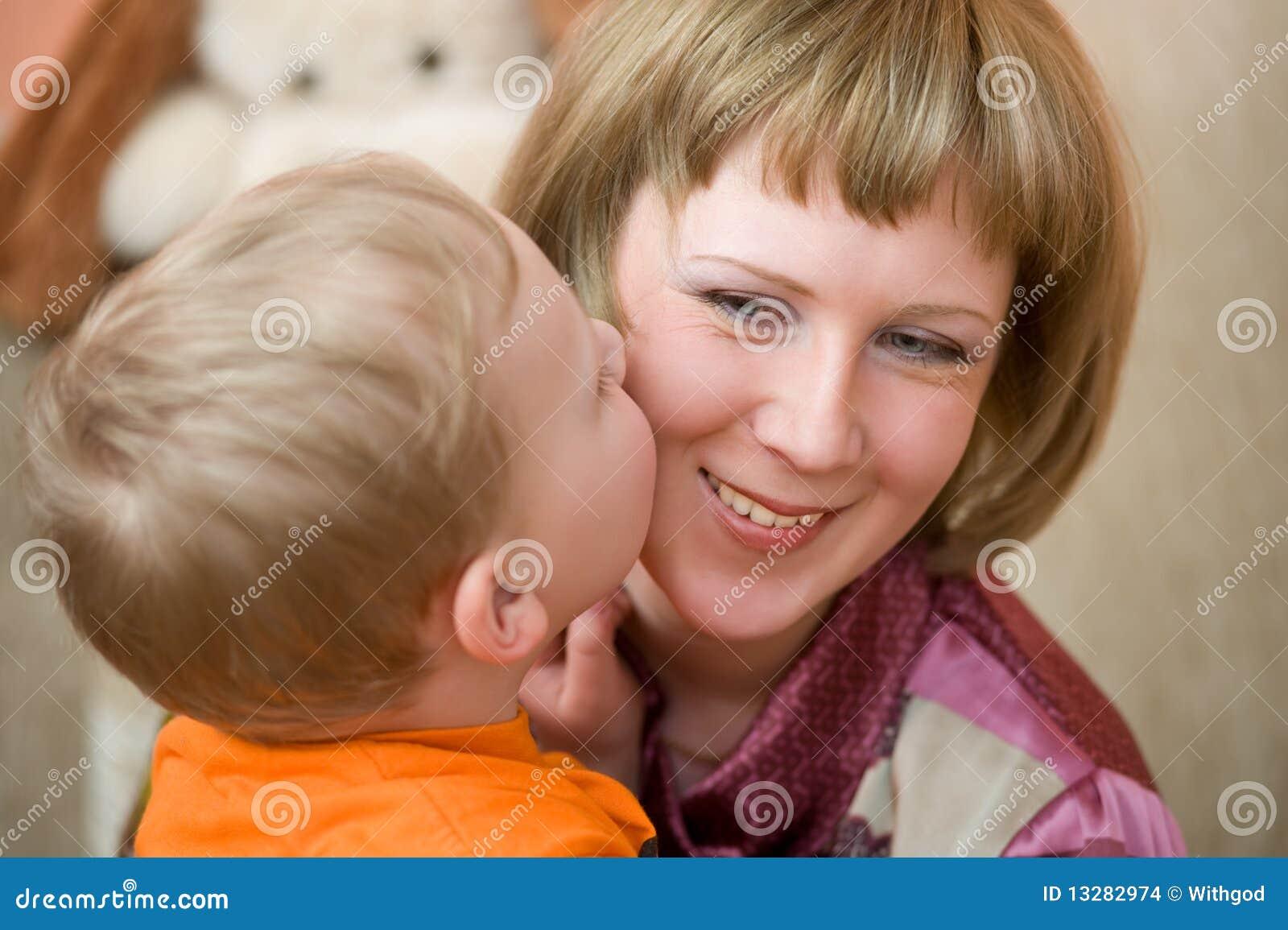 Соврат сына мамы 16 фотография