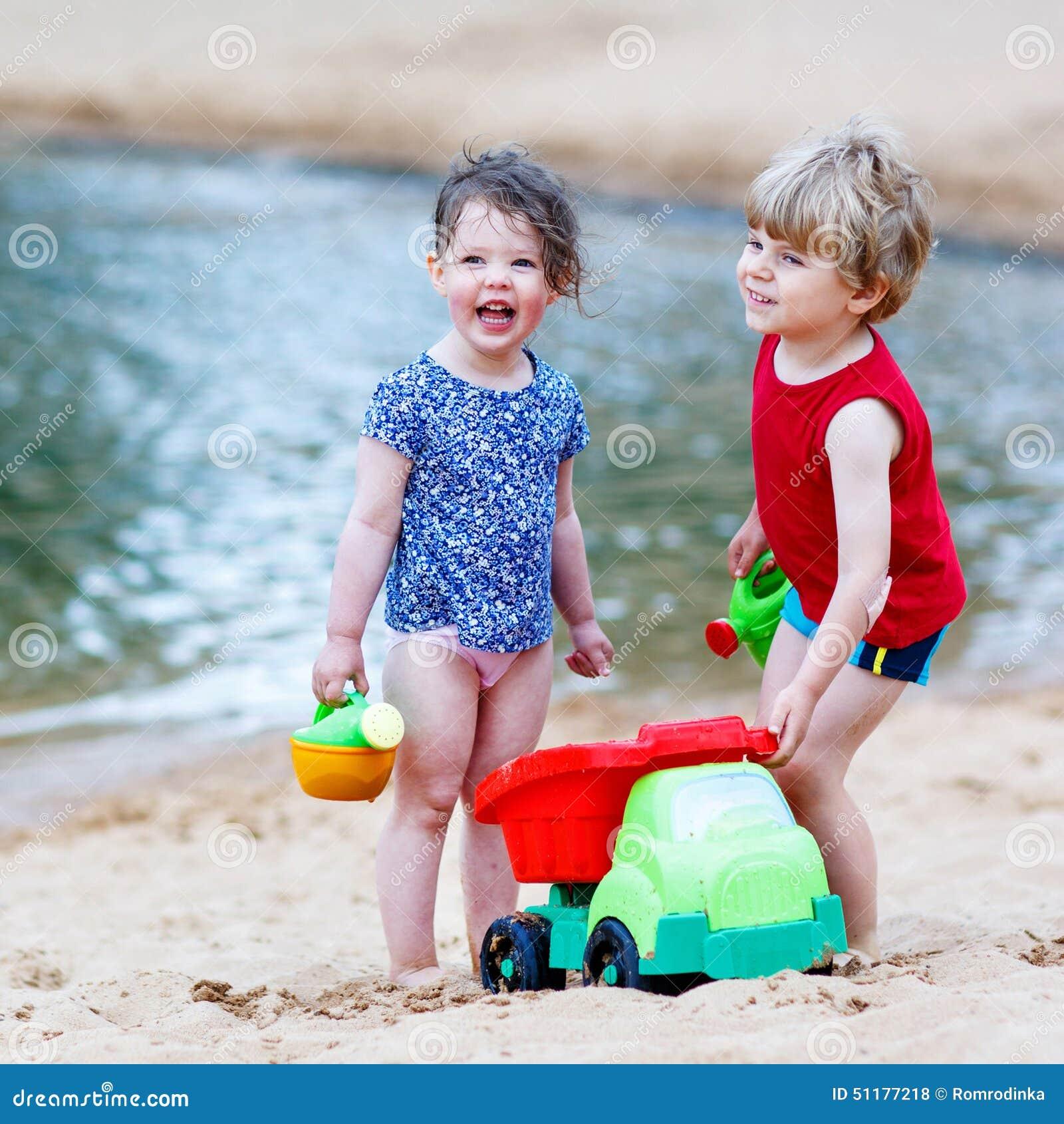Фото девушки с ребенком мальчиком