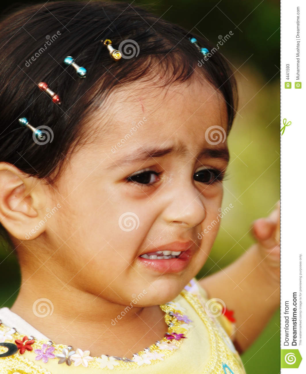 little toddler crying stock photos   image 4441593