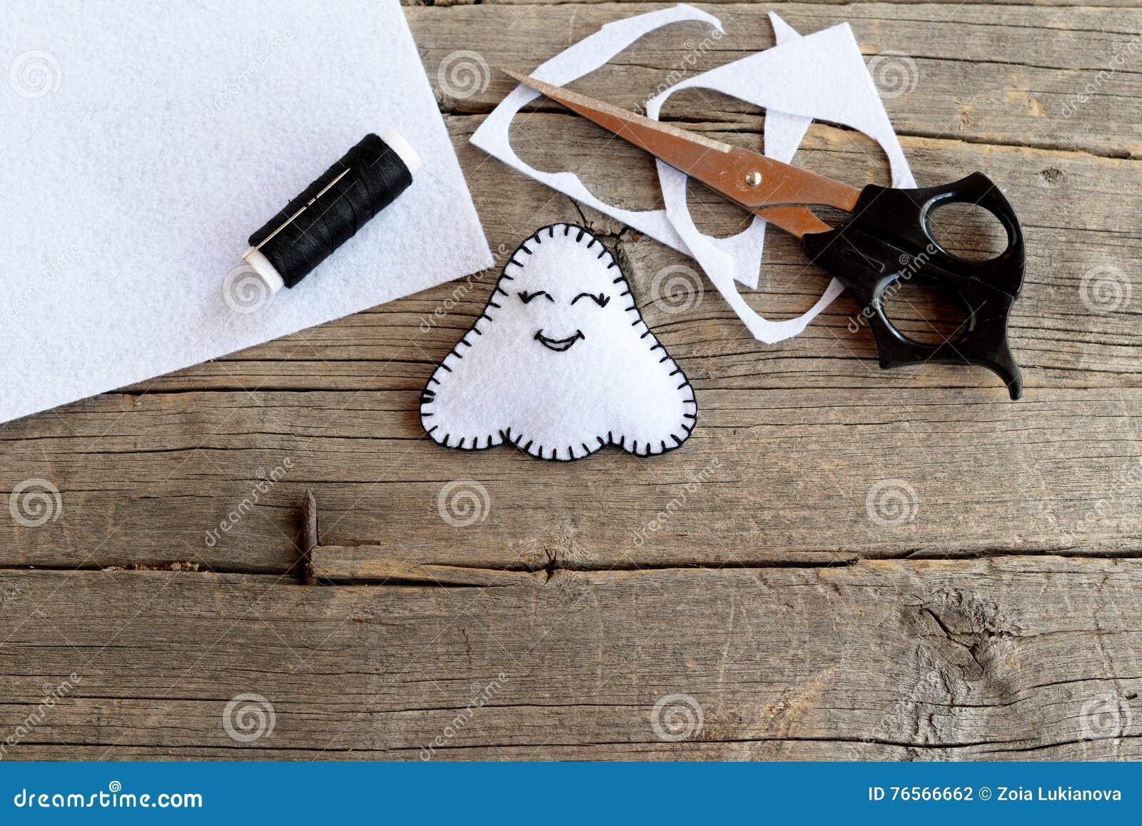 Little White Halloween Ghost Decor Scissors Black Thread Pieces