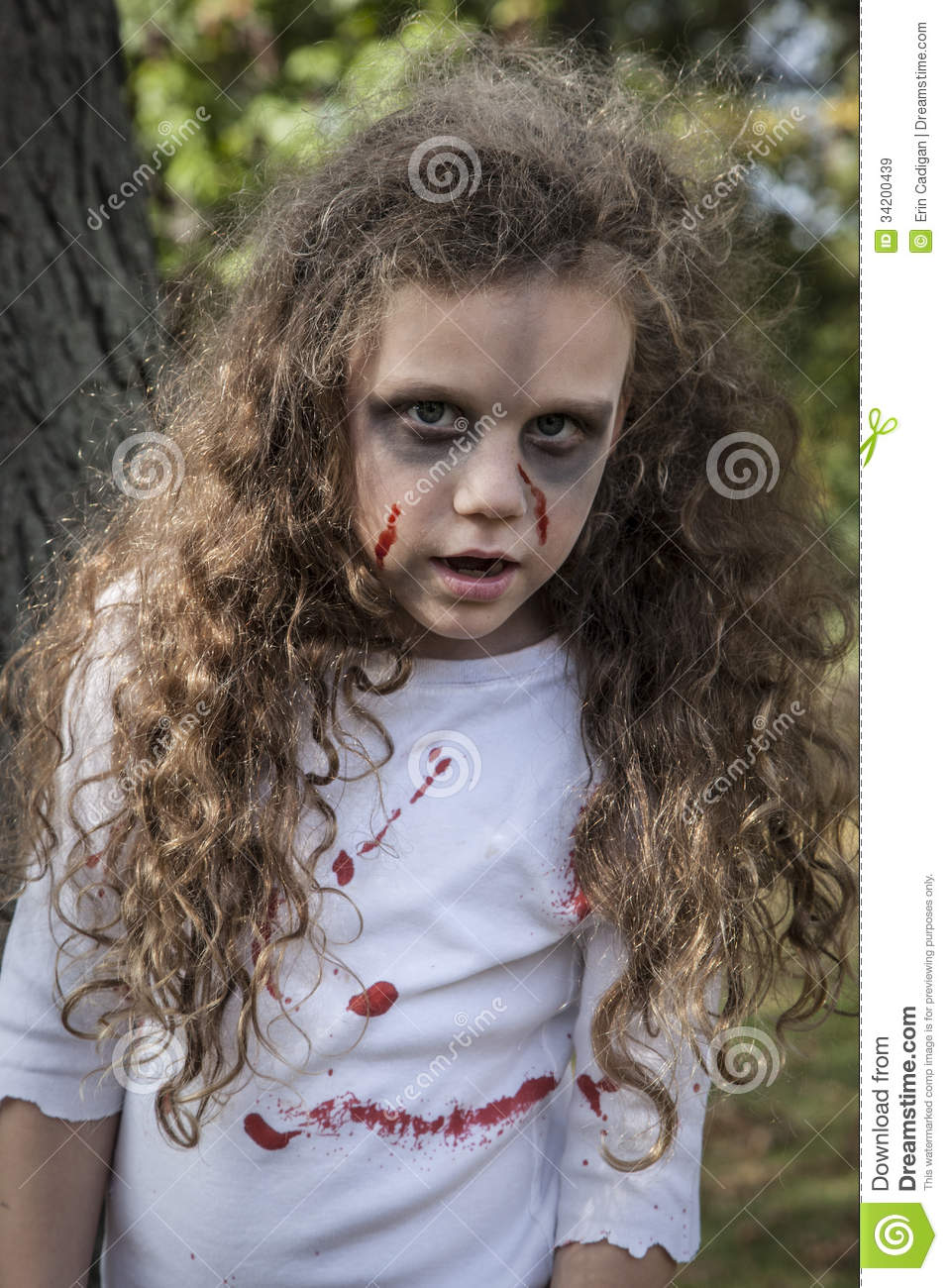 Little Zombie Girl Royalty Free Stock Images - Image: 34200439