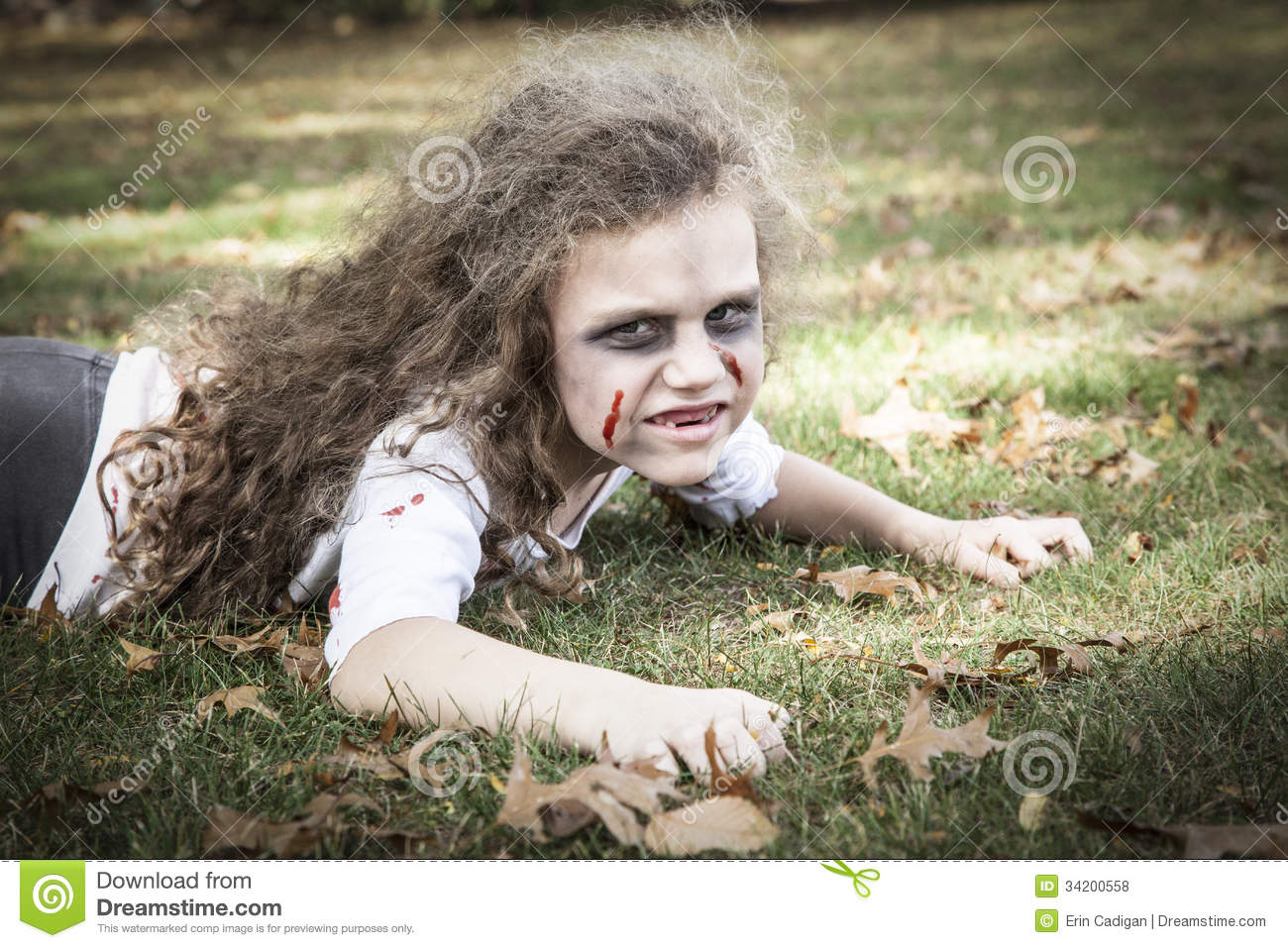 Little Zombie Girl Royalty Free Stock Photos - Image: 34200558