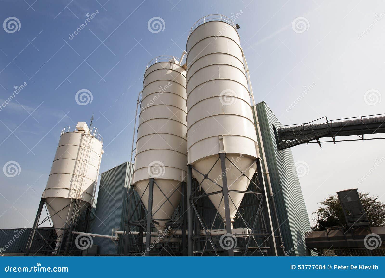 Litwa przemysłowe metali silosów zbiorników zasobnikowych