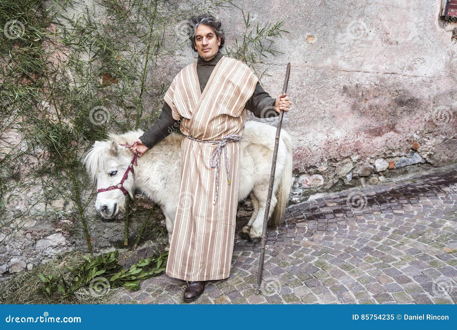 Livekrippe gespielt von den lokalen Einwohnern Wiederinkraftsetzung von Jesus-Leben mit altem Handwerk und Gewohnheiten der letzt