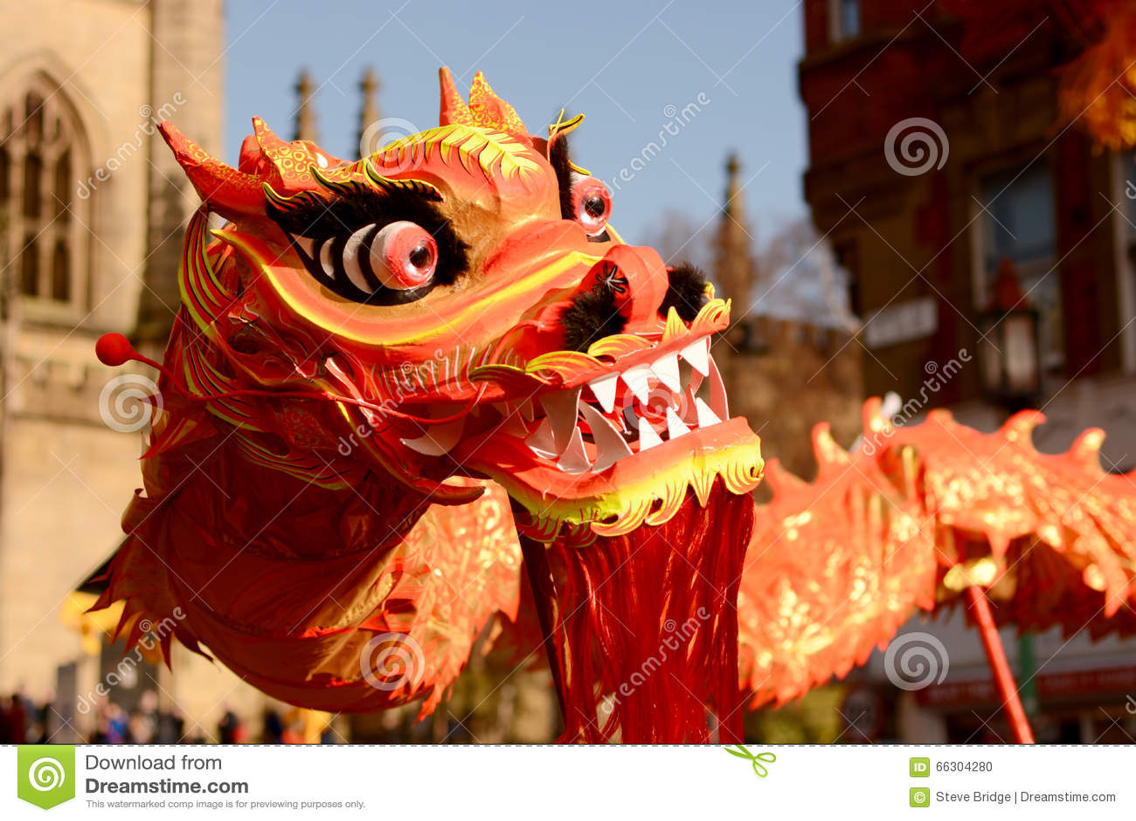 Liverpool-Chinesisches Neujahrsfest - Betreten Sie Den Drachen ...