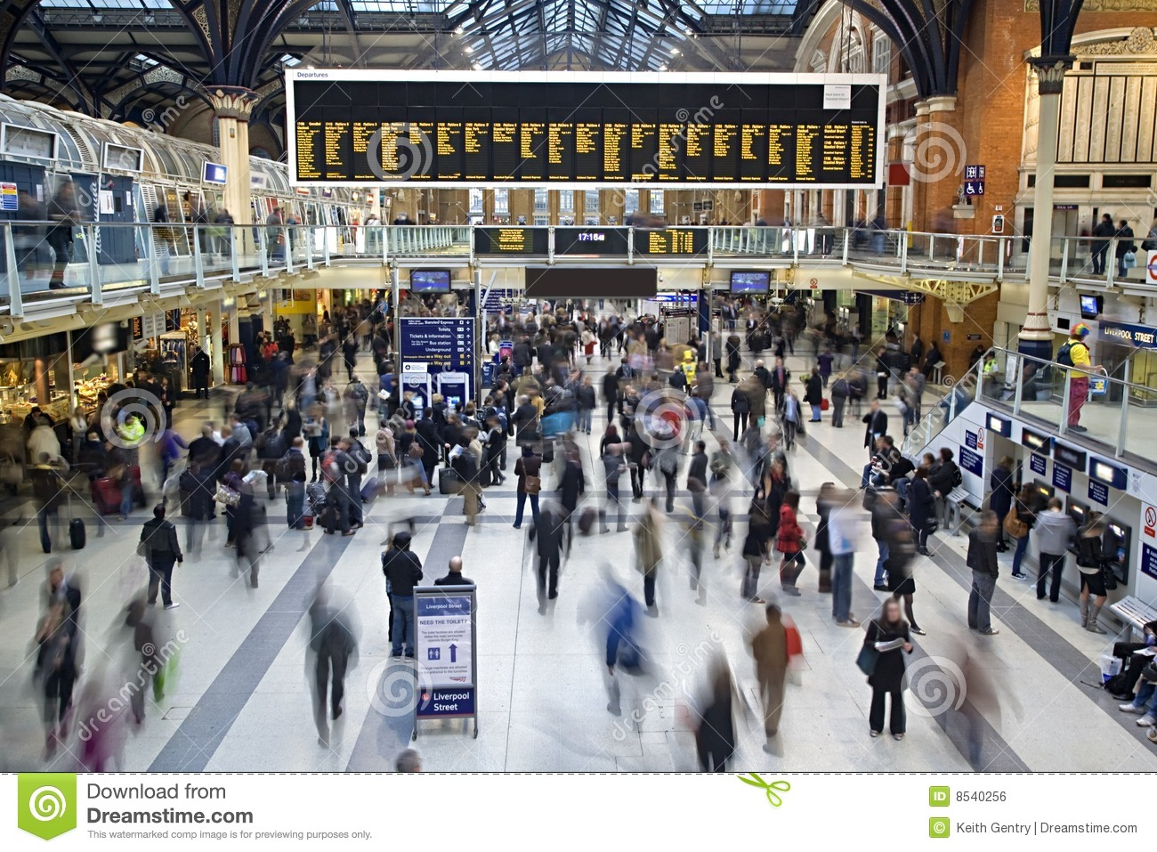Liverpool Street station at rush hour