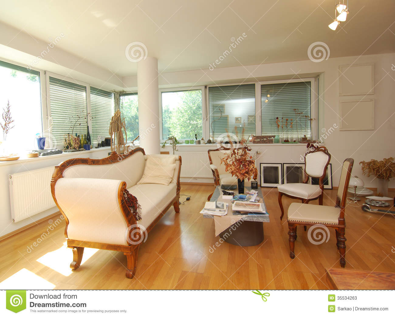 living room furniture vintage style living room stock photos image 35534263 20373