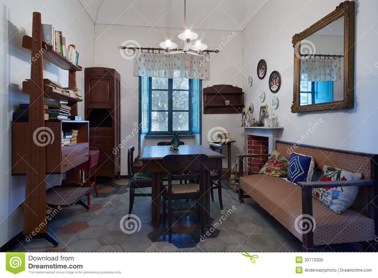 Living Room In Old House Stock Photo Image 33773300