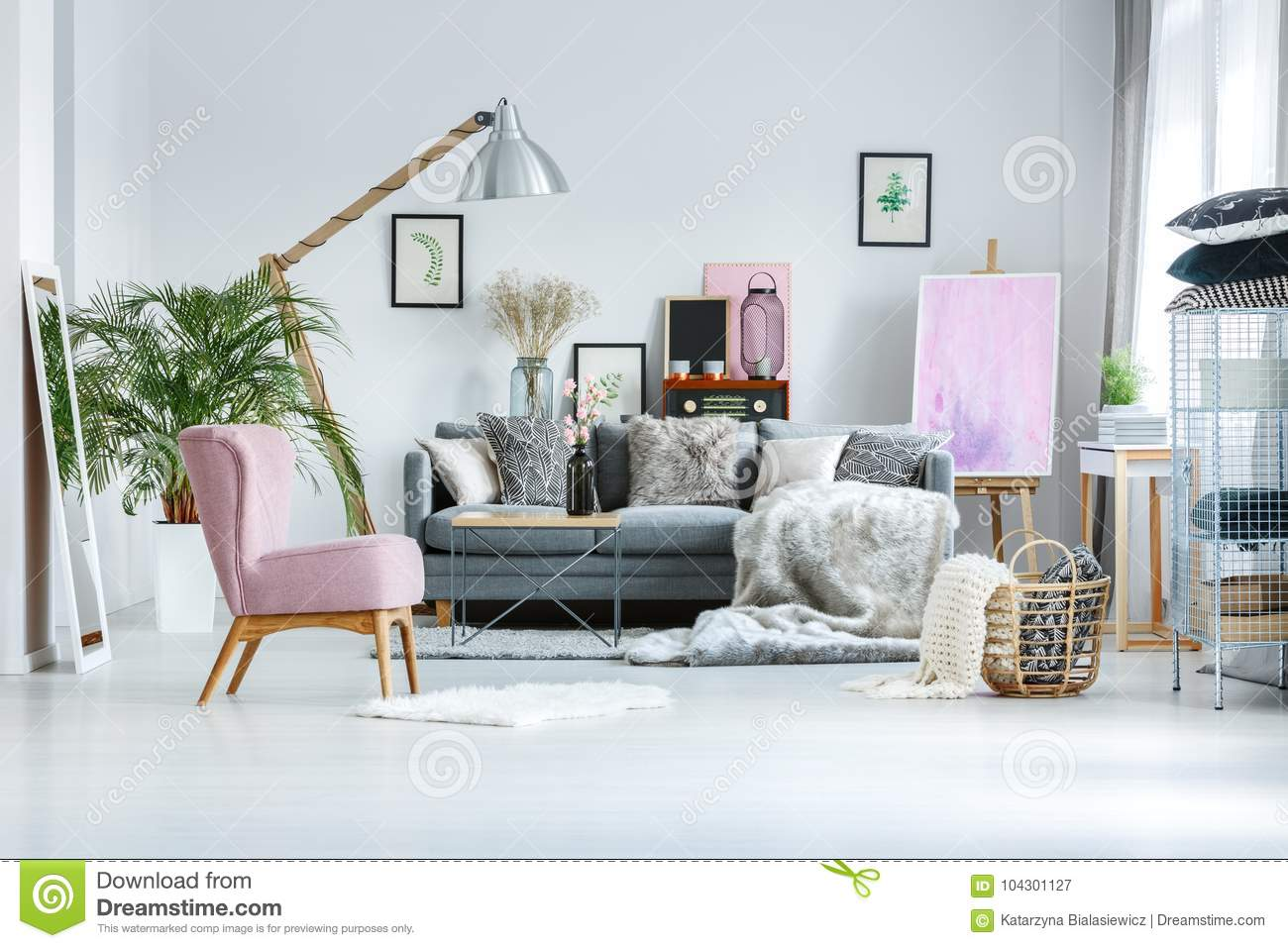 Living Room With Pink Accents Stock Image - Image of ...