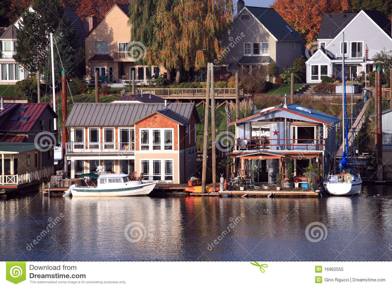 Living on the water, Portland Oregon.