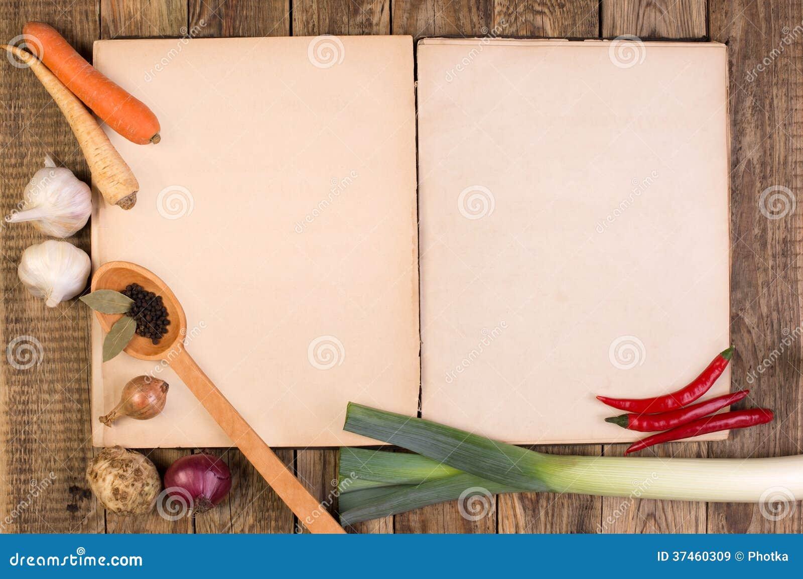 livre de cuisine sur le fond en bois images libres de droits image 37460309. Black Bedroom Furniture Sets. Home Design Ideas