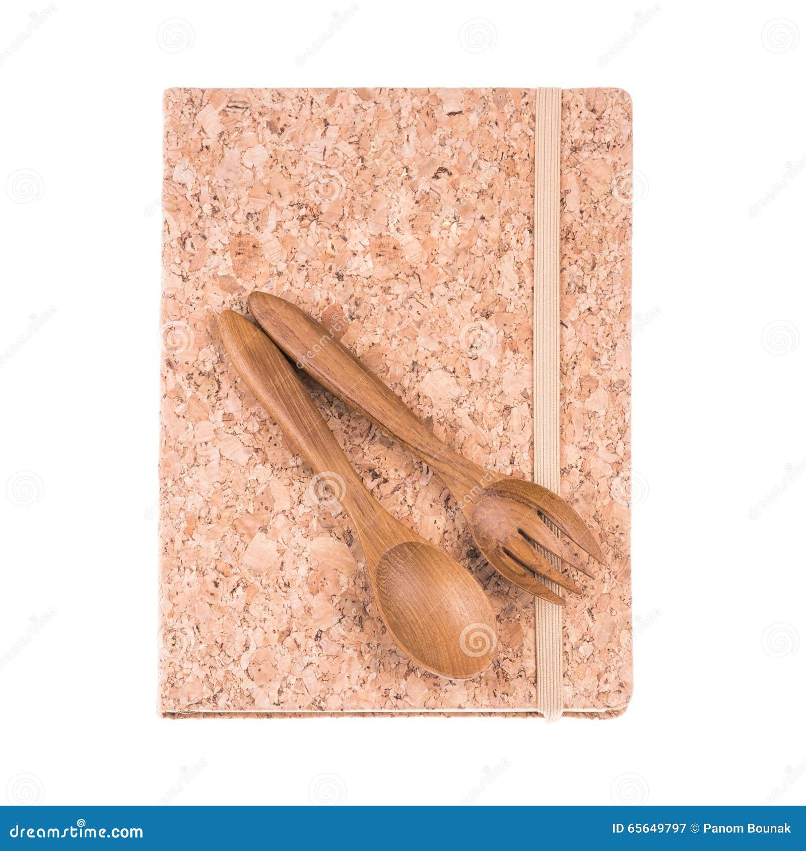 Livre de journal intime de liège de vintage et fourchette et cuillère en bois