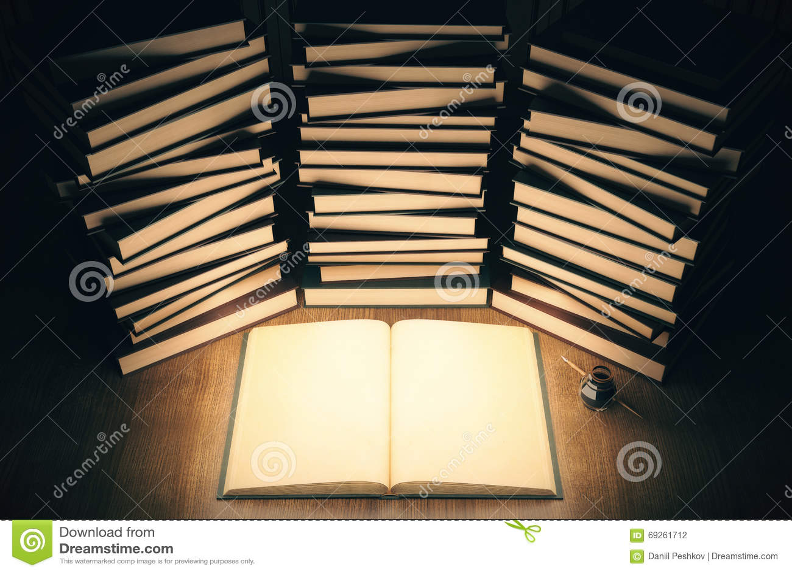 Livre Lumineux Illustration Stock Illustration Du Cache