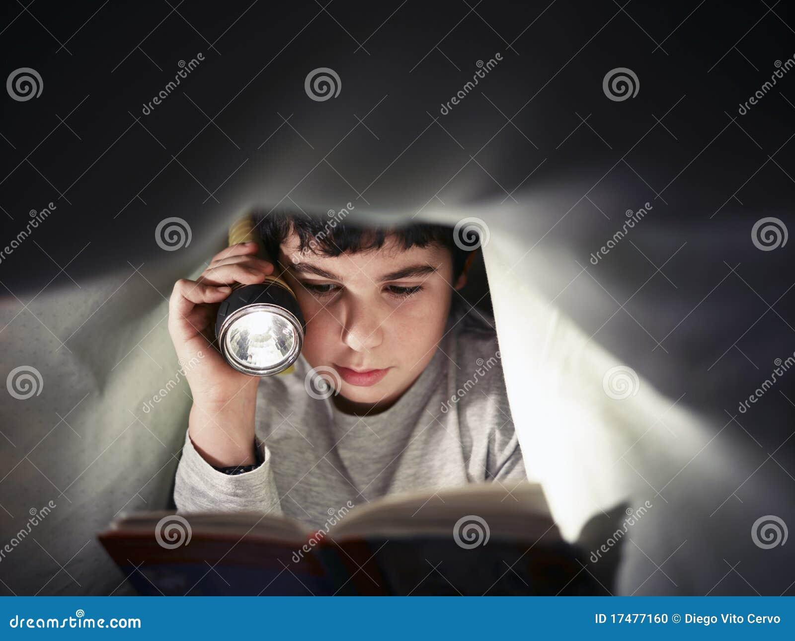 Livro de leitura do menino