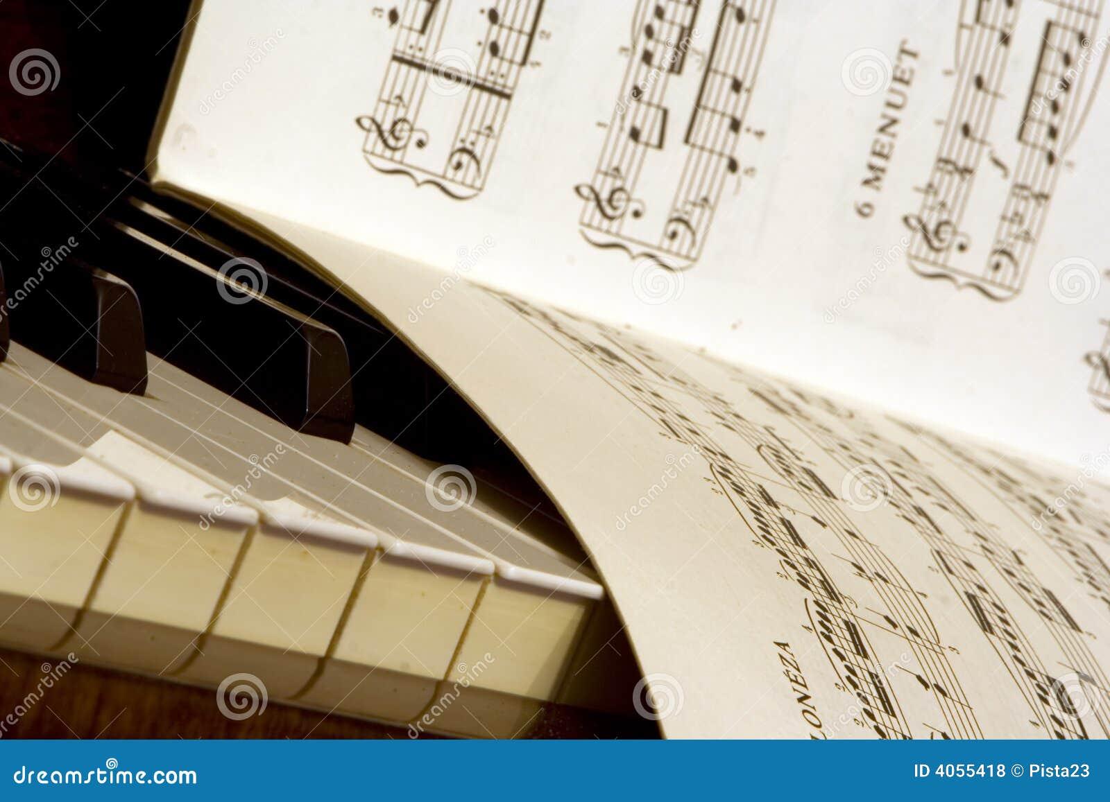 Livro do piano e dos poemas líricos