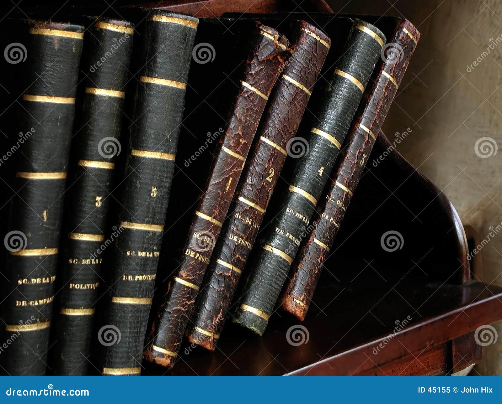 Livros franceses antigos