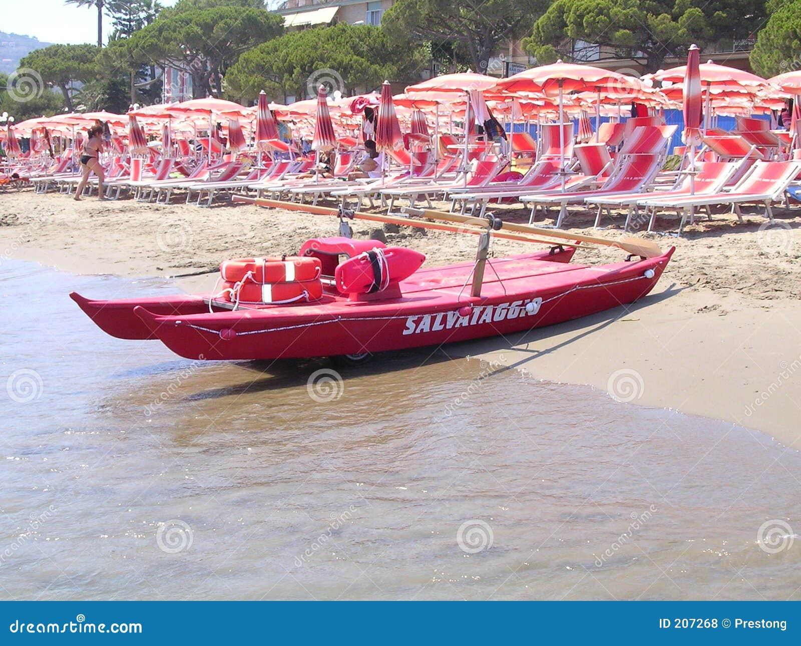 Livstid för italienare för strandfartygguard