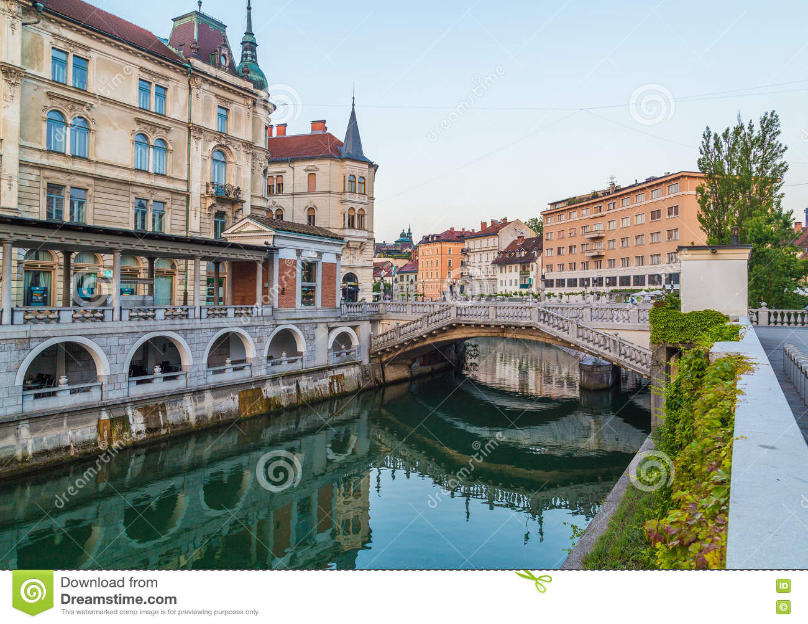 Ljubljana rzeka w ranku