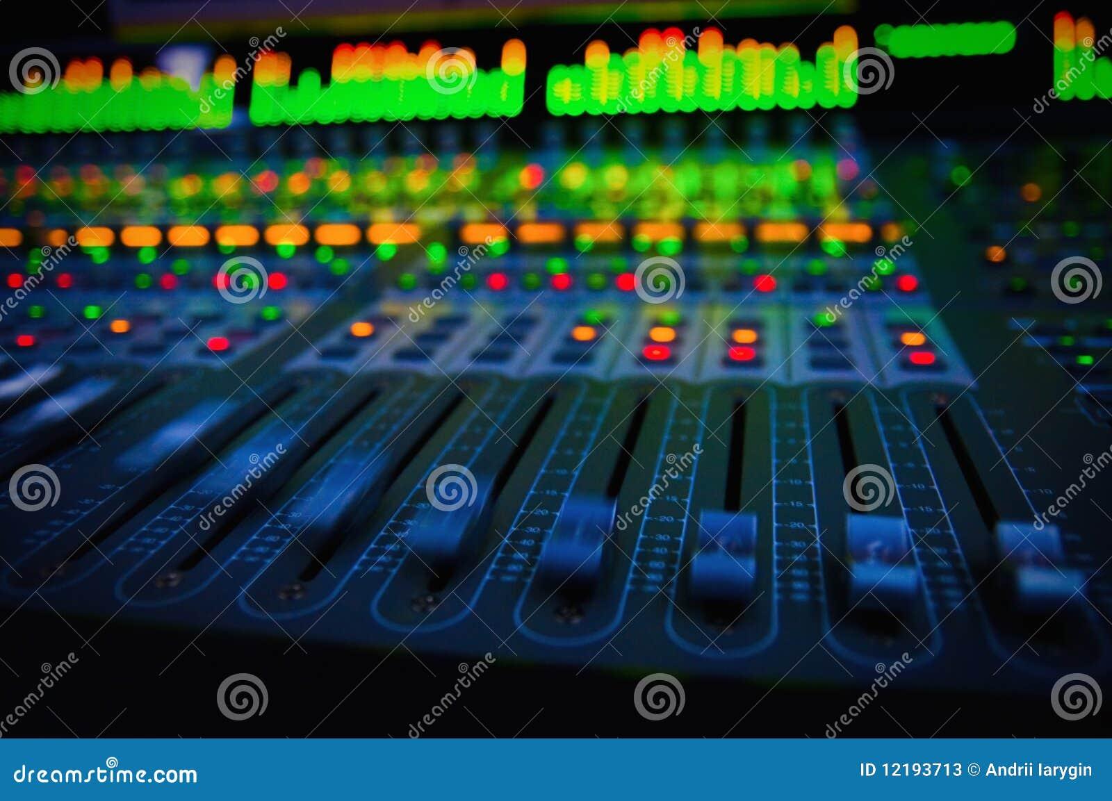 Ljudsignal konsolblandning
