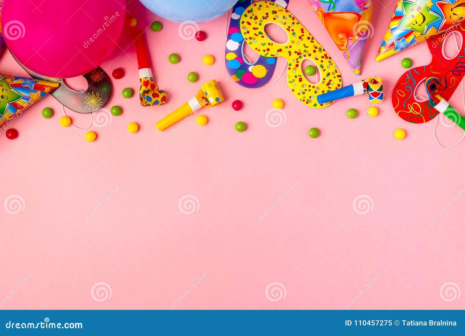 Ljus dekor för en födelsedag, ett parti, en festival eller en karneval