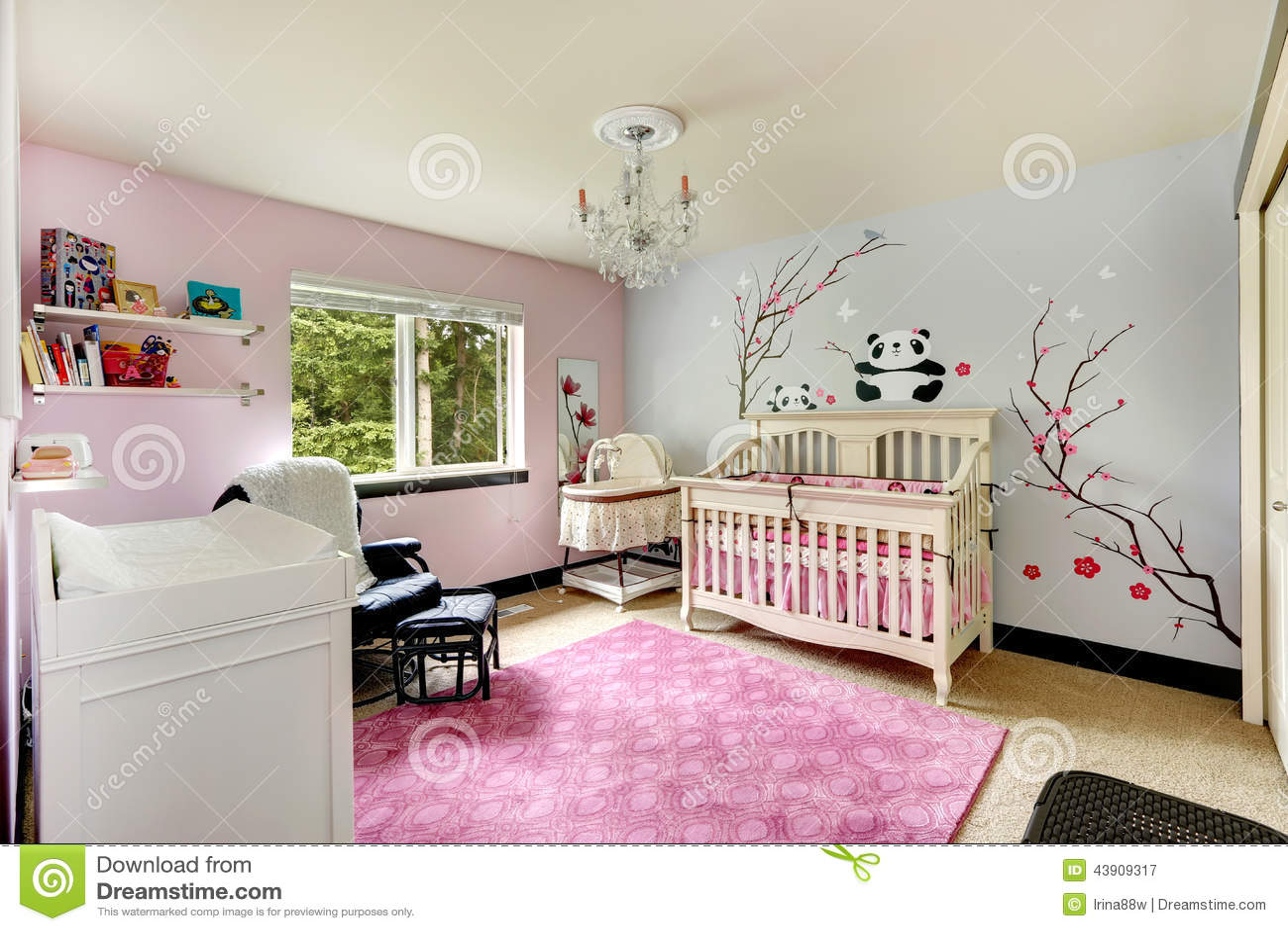 Behandla som ett barn sovrum s arkivfoto   bild: 44539047