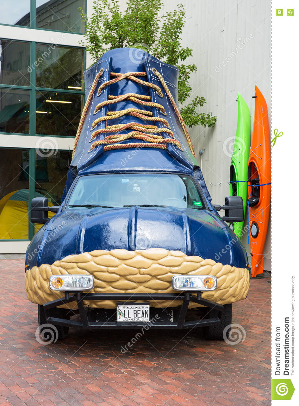 Download LL Bean boot vehicle editorial photo. Image of shopping - 70779091