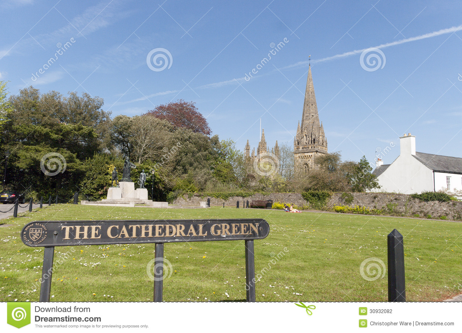 Llandaff大教堂绿色,威尔士,英国