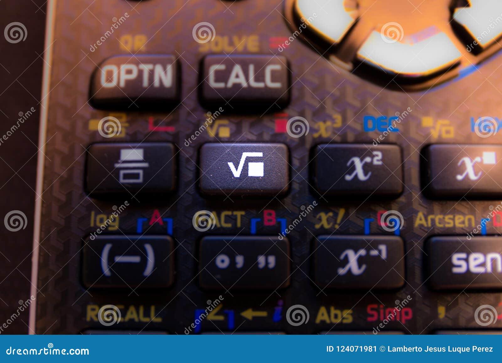 Llave de la raíz cuadrada del teclado de una calculadora