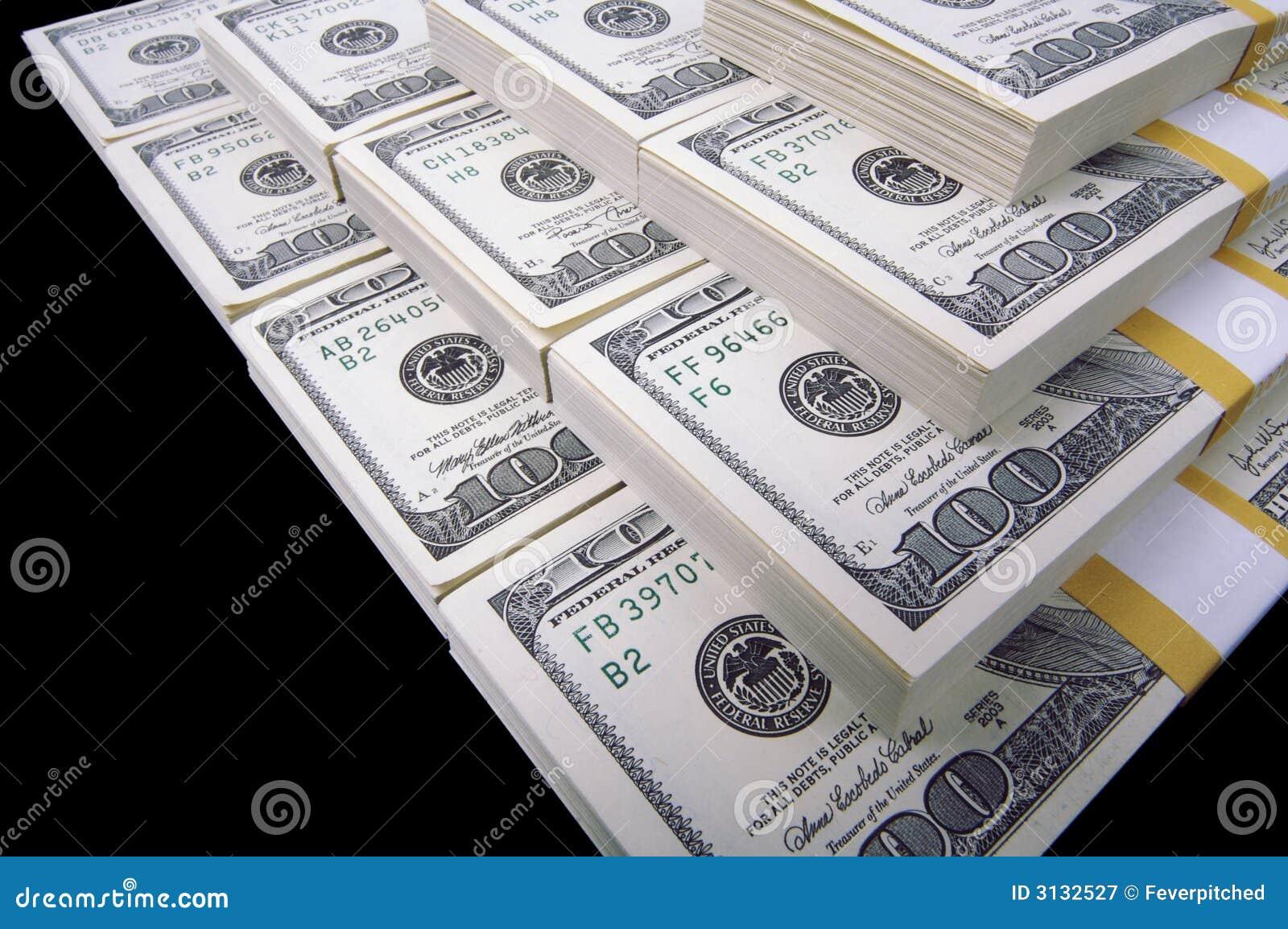 Lle pile di cento fatture del dollaro