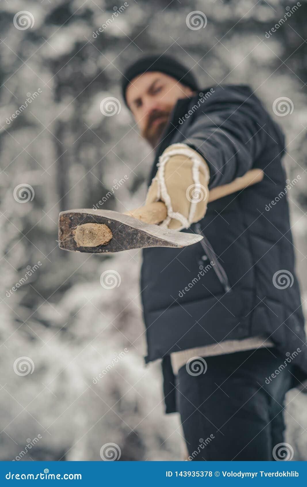 Lo skincare e la barba si preoccupano nell inverno, barba calda nell inverno