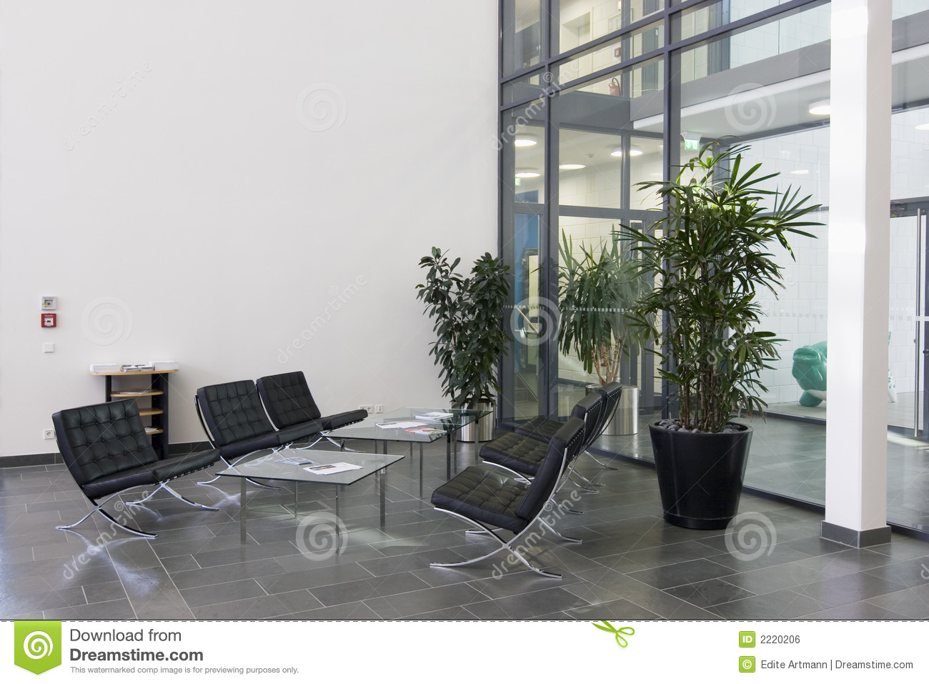 Lobby Of A Modern Building Royalty Free Stock Image